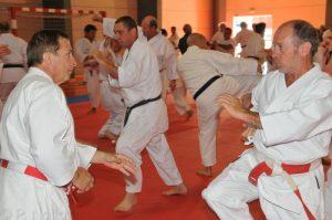 Ateliers Karaté self-défense @ Collège Jeanne d'Arc Gex - salle dojo